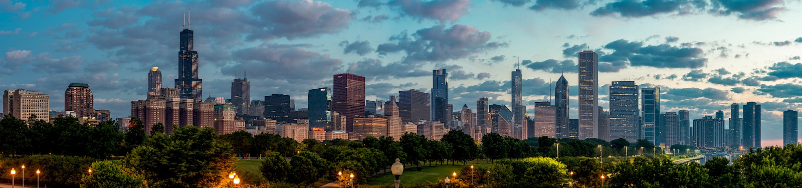 Chicago at dawn, by William Prost at [Flickr](https://flic.kr/p/ooSa2f)