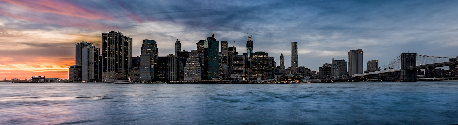 New York City skyline, by Arn BO at [Flickr](https://flic.kr/p/de9is3)